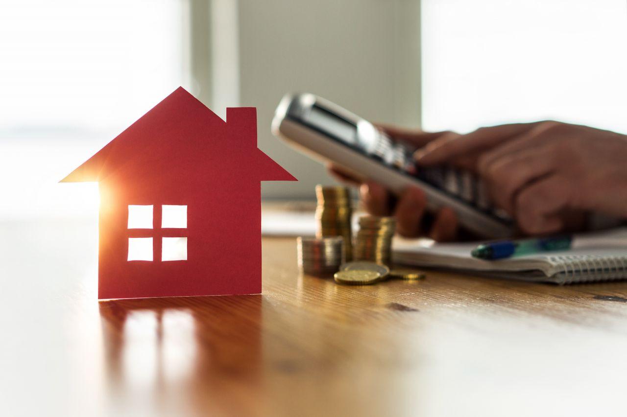 Uw huis verkopen. Wat is de beste vraagprijs? Moet die niet te laag zijn of vooral niet te hoog?